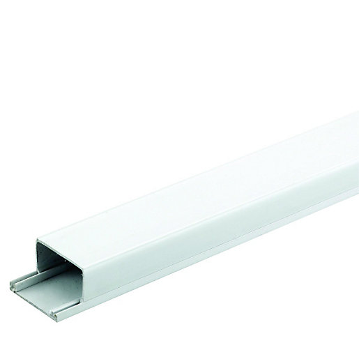 Wickes Mini Trunking - White 38 x 25mm