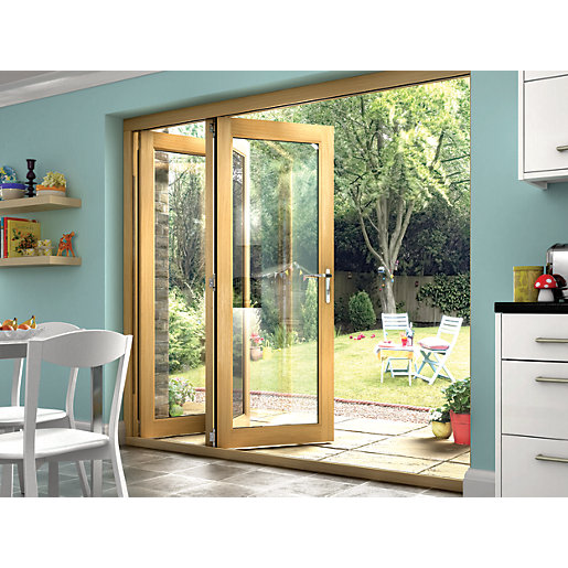 Wickes isaac oak veneer bi fold door set for Types of patio doors