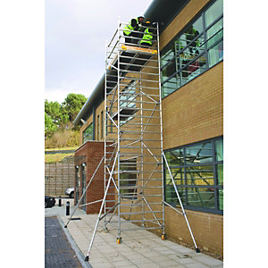 BoSS Clima 3T Access Tower 1.45m (W) x 1.8m (L) 3.7m Platform Height