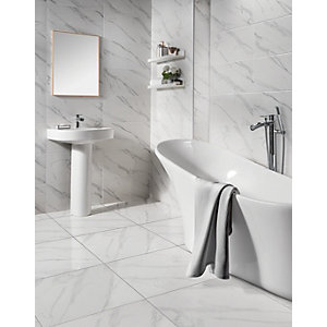 White bathroom tiles Minimal Wickes Calacatta Gloss White Marble Effect Glazed Porcelain Tile 605 605mm Wickescouk Wickes Wickes Calacatta Gloss White Marble Effect Glazed Porcelain Tile 605
