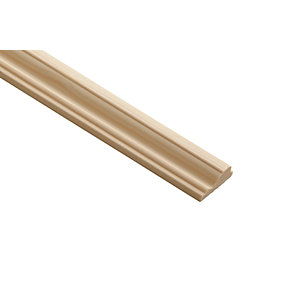 Wickes Pine Decorative Cover Moulding - 12mm x 32mm x 2.4m