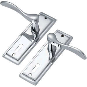 Wickes Bravo Locking Door Handle - Polished Chrome 1 Pair