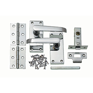 Wickes New York Victorian Straight Latch Door Handle Set - Chrome 1 Pair