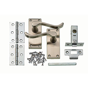 Wickes York Victorian Scroll Latch Door Handle Set - Satin Nickel 1 Pair