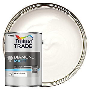Dulux Trade Diamond Matt Emulsion Paint - Pure Brilliant White 5L