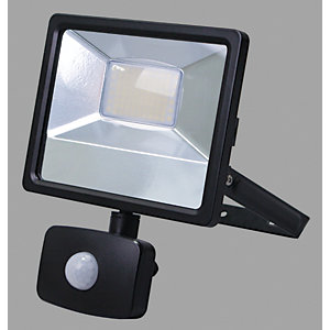 Wickes Aluminium Black PIR Sensor Floodlight - 30W