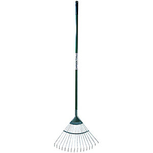 Wickes Lawn Rake Carbon Steel - 1625mm