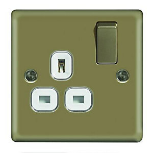 Wickes 13A Raised Plate Single Switched Socket - Pearl Nickel
