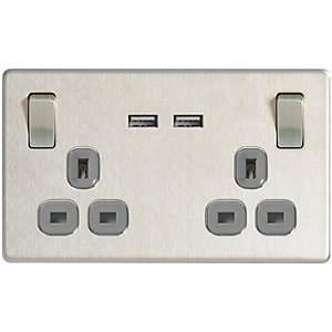 Wickes 13A Screwless Twin Switched Socket with 2 x  USB Ports - Brushed Silver