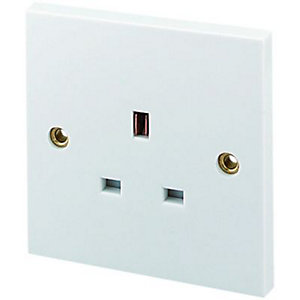 Wickes 13A Single Unswitched Plug Socket - White