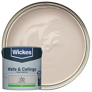 Wickes Vinyl Silk Emulsion Paint - No. 130 Chalk White 2.5L