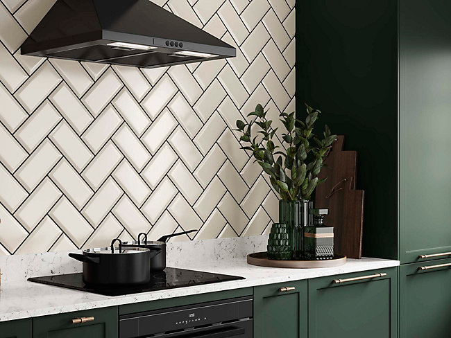 Metro Cream Ceramic Tile