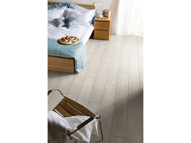 Albero Grey Oak Laminate Flooring