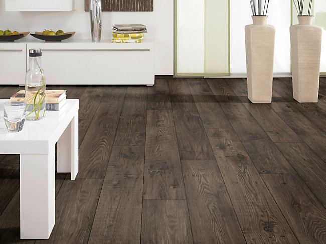 bathroom laminate flooring wickes flooring wickes co uk 16036 | Laminate Flooring Wickes Formosa Antique Chestnut Laminate Flooring 1 73m2 Pack~K9137 138666 01?$ratio43$&fit=crop