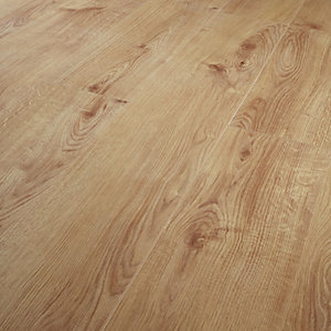 Wickes Navelli Light Oak Laminate Flooring - 1.48m2 Pack