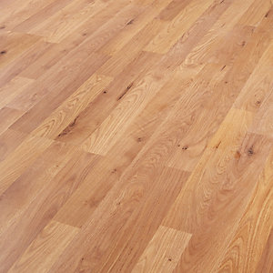 Wickes Oak Laminate Flooring - 2.5m2 Pack