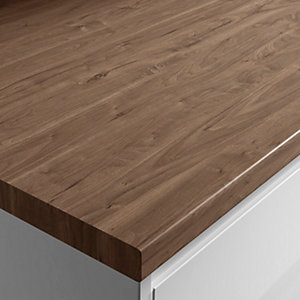 Wickes Wood Effect Laminate Worktop - Romantic Walnut 600mm x 38mm x 3m