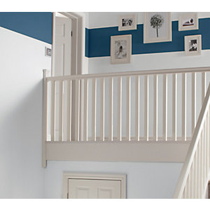 Wickes Primed Chamfered Newel 1500 x 90 x 90mm