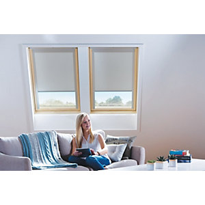 Wickes Roof Window Blind - Cream 761 x 1351mm