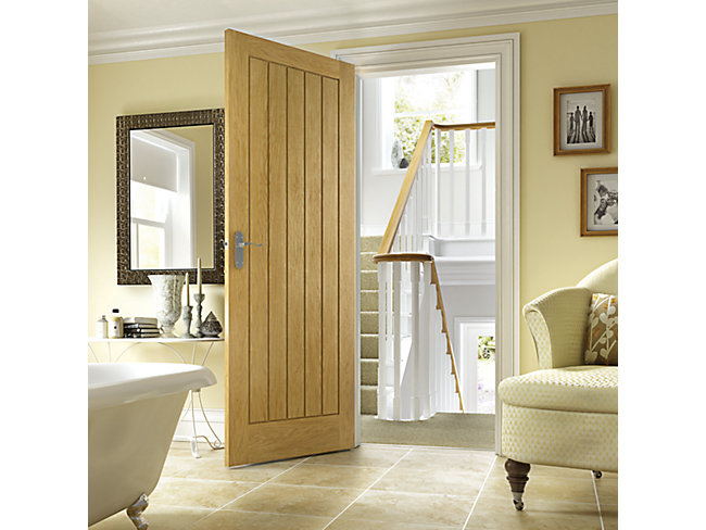 Geneva Oak Veneer Door 1981x762mm