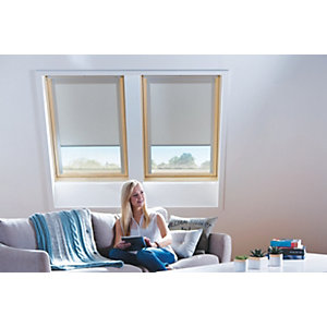 Wickes Roof Window Blind - Cream 371 x 731mm