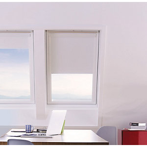 Wickes Roof Window Blind - White 371 x 731mm